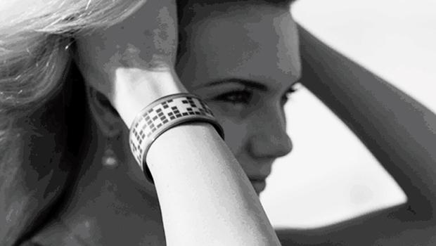 be-smart-and-sexy-eyecatcher-bracelets