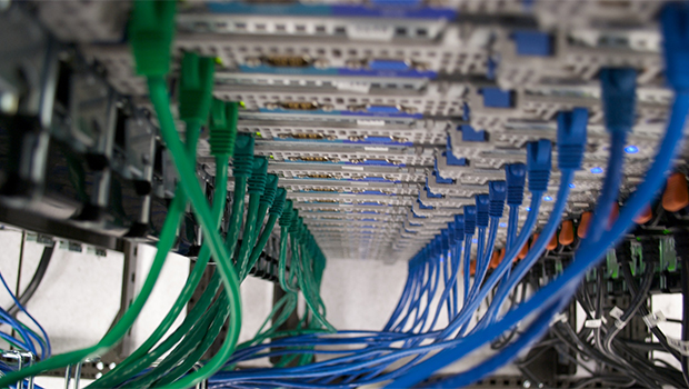 servers-com-partners-scott-storchs-label