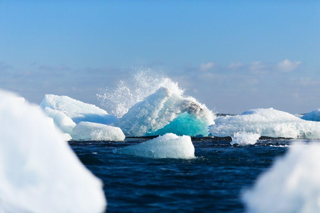 greenland-glacier-melt