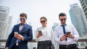 successful-businesspeople-on-their-phones