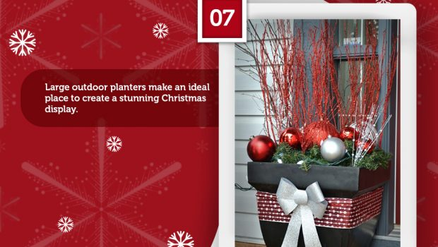 16 Fabulous Outdoor Christmas Decorations Infographic