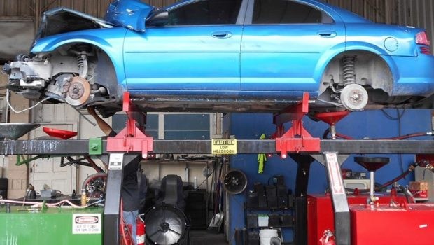 5 Tips To Finding Car Parts On A Budget   Techno FAQ