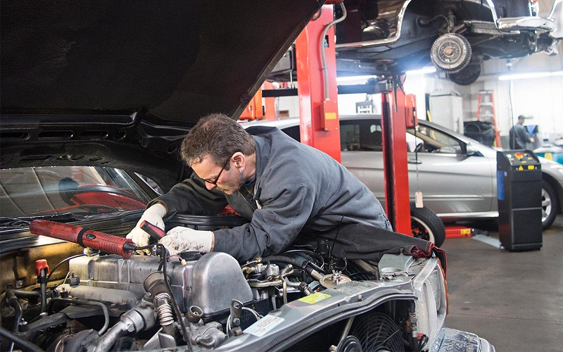 4 Things to look for in an auto repair professional | Techno FAQ
