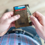 8 Benefits of Using a Small Wallet