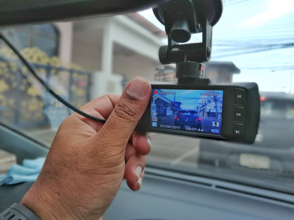 Best Security Gadgets Everyone Should Use in Car | Techno FAQ