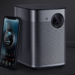 How to Choose a Smart Portable Projector