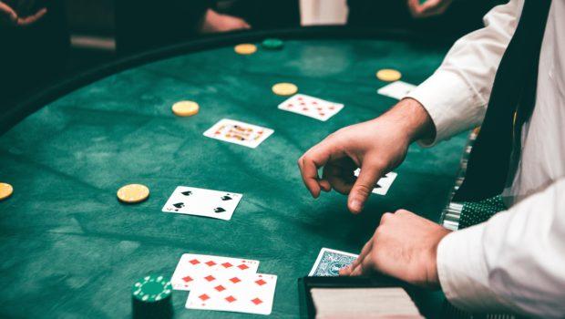 во сне играть в карты на деньги