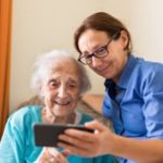Connection in the Digital Age: 5 Undeniable Benefits of Cell Phones for Senior Citizens