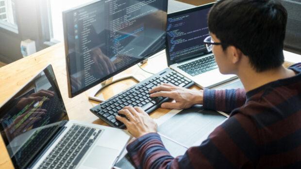 Programmer coding software development working project it Premium Photo