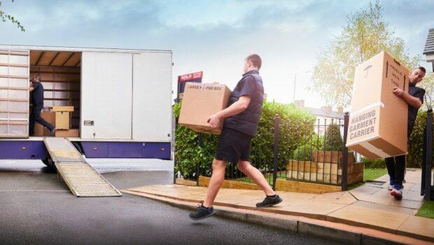 Moving_company_loading_up_truck_MartinPrescott_Getty_Images.jpg